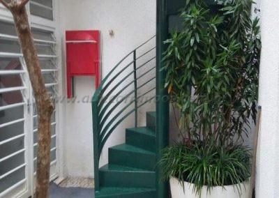 Escada Caracol em ferro