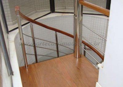 Escada Caracol inox aço 304 e Madeira Cumaru - Praia
