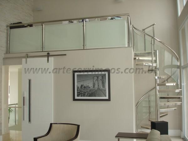 Escada em inox e Vidro