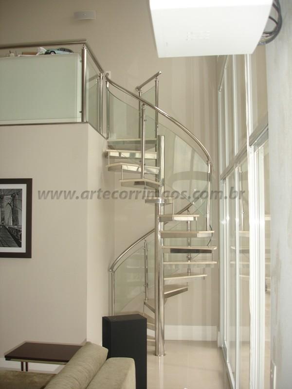 Escada Inox e Vidro