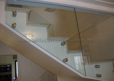 Guarda Corpo com portão de inox vidro 6+6 laminado e temperado