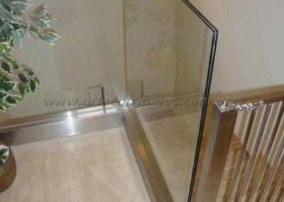 Guarda Corpo de vidro com fixação Infinity View