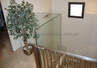 Guarda Corpo de vidro com fixação Infinity View casa