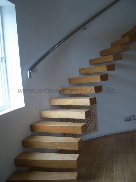 Escada Curva Madeira