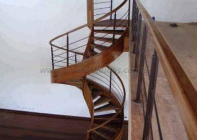 Escada espiral Helicoidal Madeira, Guarda Corpo Ferro Aço Cortem
