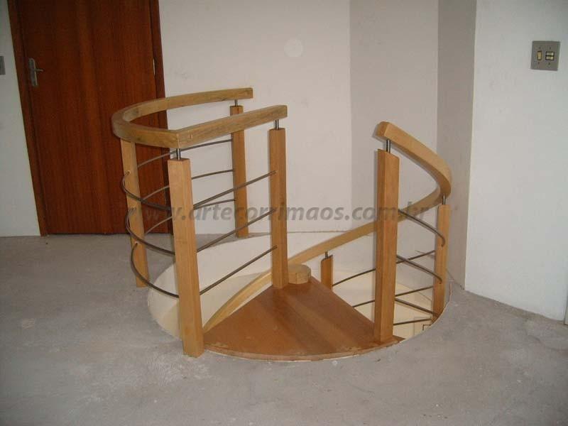 corrimao para escada em madeira