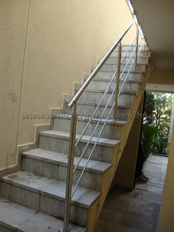 Guarda corpo de inox na escada
