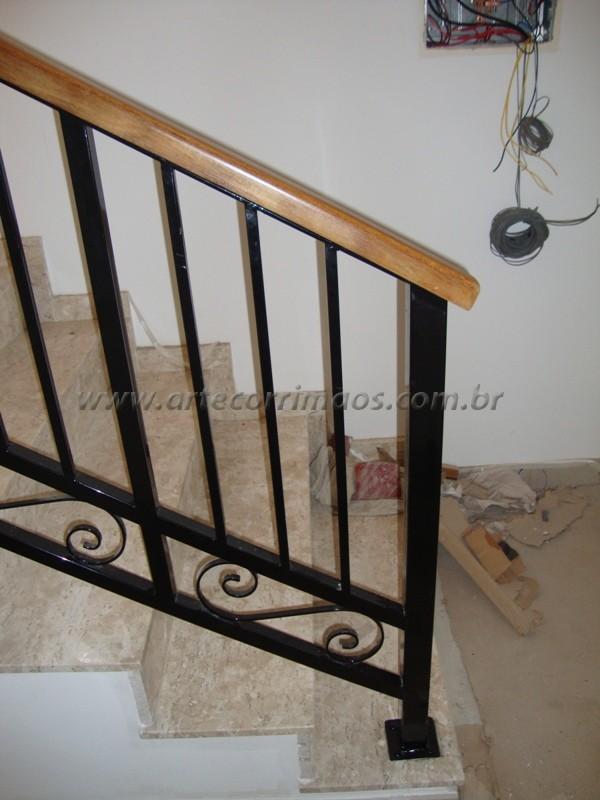 Favoritos Guarda corpo madeira e ferro (2) - Arte Corrimãos e Escadas AD47