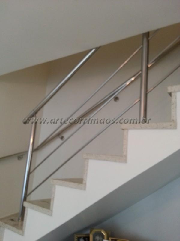 corrimãos de inox escadas de sobrado