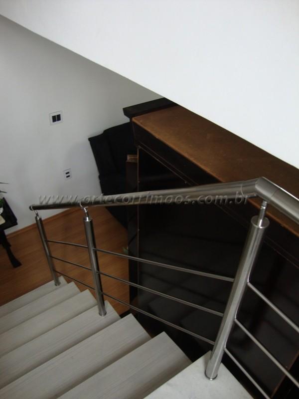corrimãos em inox escada