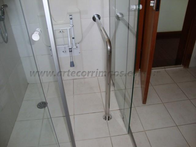 corrimao apoio de acessibilidade banheiro