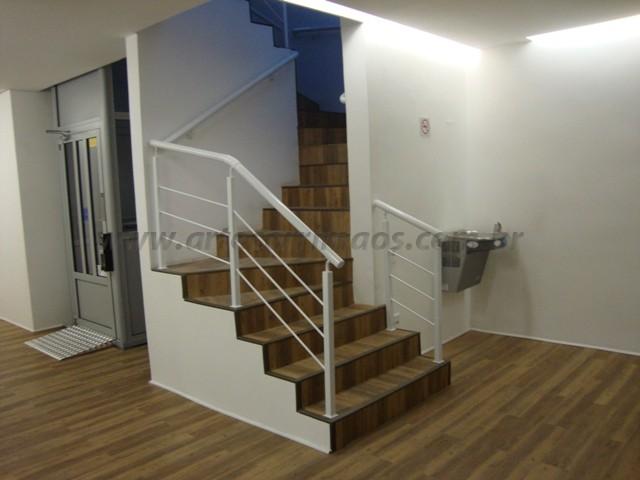 corrimaos para escada ferro