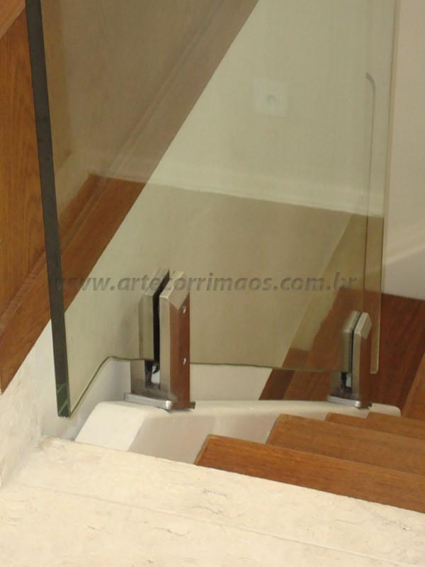 corrimao vidro detalhe inox