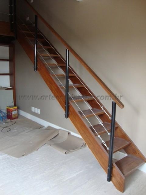 corrimao de escada madeira
