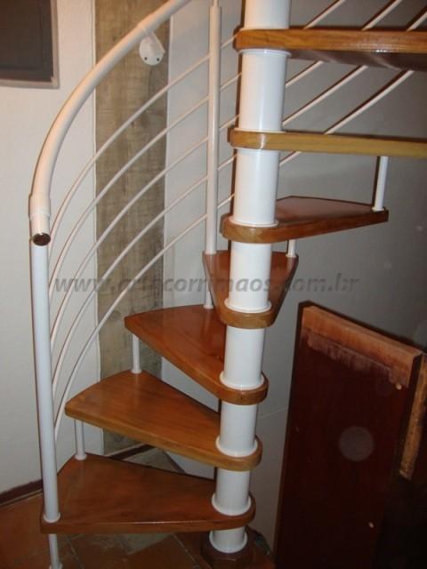 corrimao para escada ferro branco