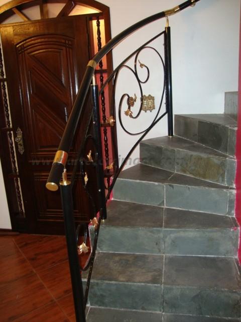 corrimão escada em ferro preto