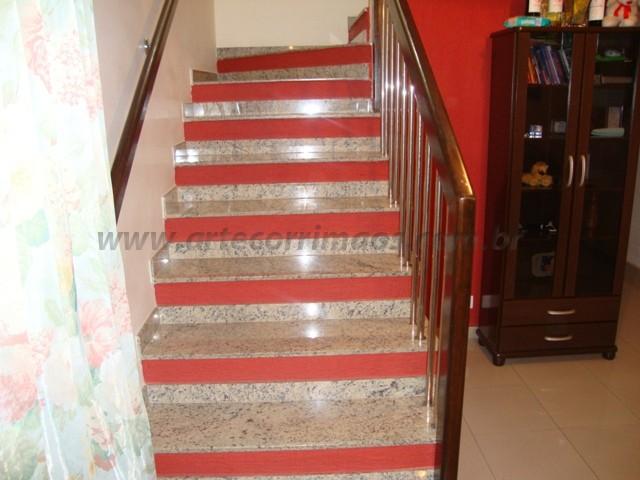 corrimãos escada de madeira e inox