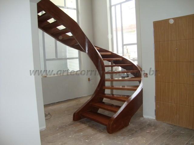 escada caracol curva