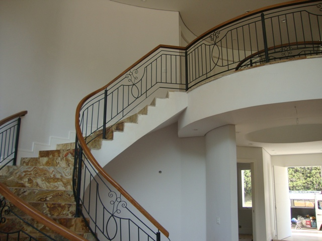 corrimãos para escadas