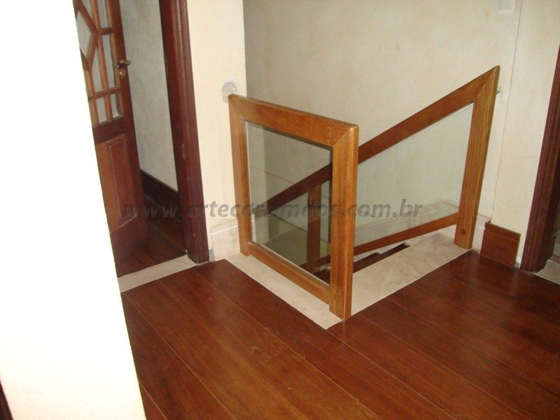 corrimao madeira vidro
