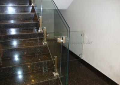 Portão para escada em vidro cristal