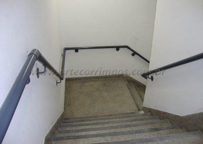 Corrimão de parede em aço carbono norma NBR 9050