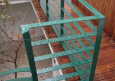 Mezanino escada caracol em ferro