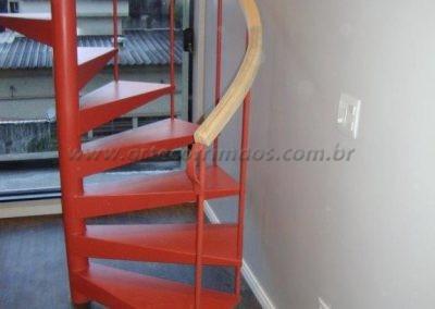 Corrimão de Madeira para Escada caracol redonda