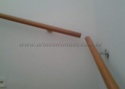 Corrimão de parede - Madeira redondo fixo parede