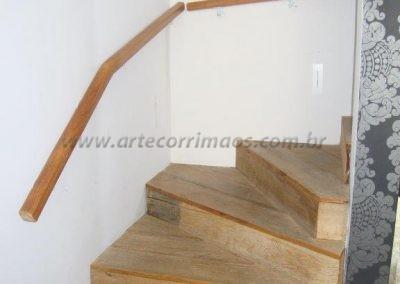 Corrimão de parede - Tauari - madeira interna