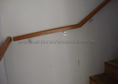Corrimão de parede - Tauari - madeira rustica