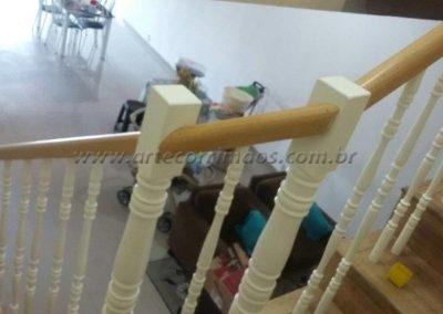 Balustre de madeira Laqueado Guarda Corpo