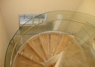 Guarda corpo de vidro CURVO na escada