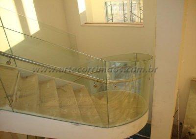 Guarda corpo de vidro transparente CURVO