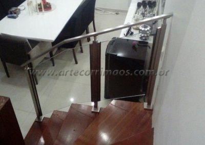 Guarda corpo - inox 304 - coluna quadrada - vidro - corrimão escada