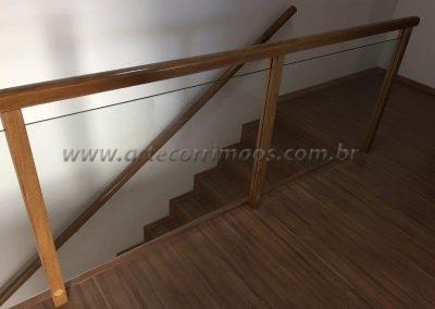 Guarda corpo para varanda madeira com vidro