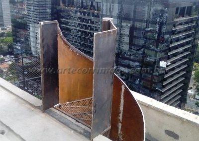 escada caracol de ferro corrimão curvo de chapa são paulo