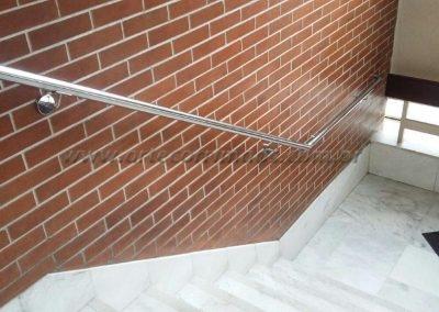 corrimão de parede em inox curva nas pontas