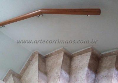 corrimão parede madeira cumaru