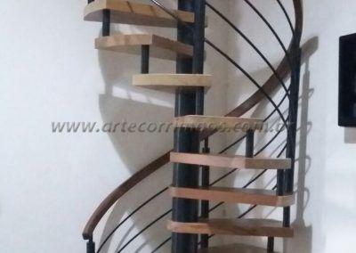 escada caracol de madeira e ferro preço