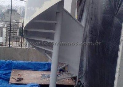 escada caracol ferro fundido