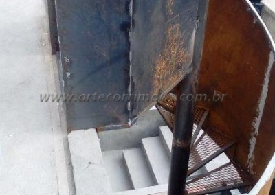 escada caracol sob medida