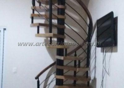 onde comprar escada caracol de madeira