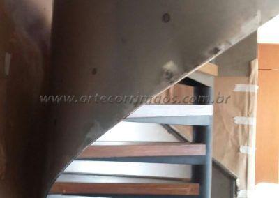 Guarda Corpo De Chapa De Aço Curvo em escada caracol interna