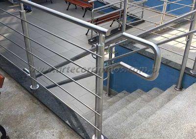 Guarda Corpo De Inox Com Fechamento escada pequena