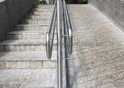 guarda corpo duplo de inox acessibilidade rampa e escada