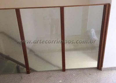 divisorias de madeira e vidro