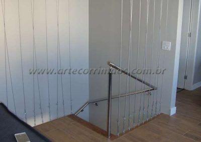 fechamento com cabo de aço em escada